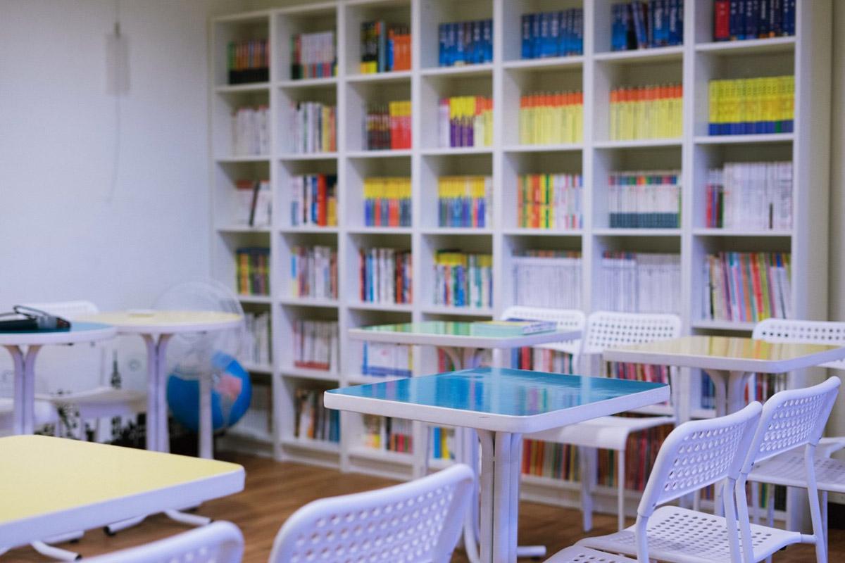 流浪ing旅遊書店—讀萬卷書行萬里路,旅程,從打開書的那一刻開始。攝影照-01